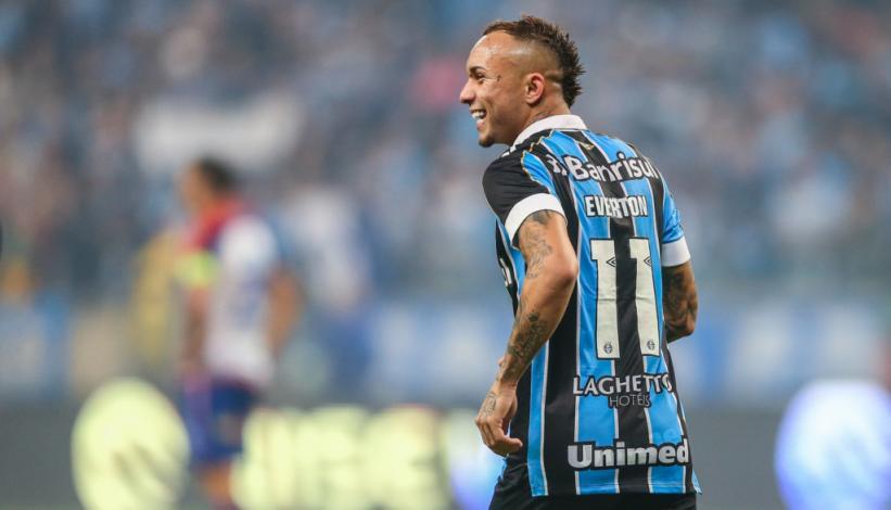 Everton Cebolinha sigue llamando la atención de los grandes ...