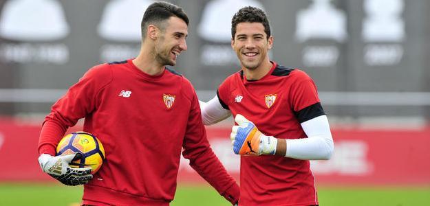 El Sevilla buscará traer de vuelta a un ex portero / Marca