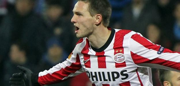 Tim Matavz celebra un gol con el PSV Eindhoven