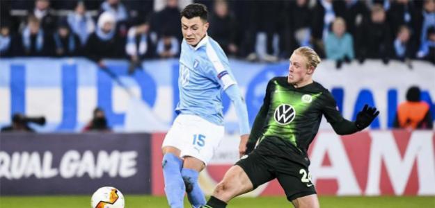El joven central que está en la mira del AC Milan para el invierno