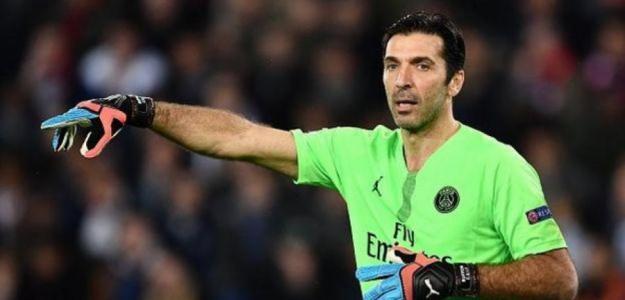 Buffon con el PSG / Depor