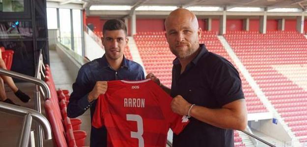 Aarón Martín (i) / Mainz 05.