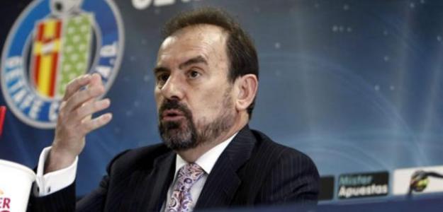 Ángel Torres en una rueda de prensa del Getafe. / elmundo.es