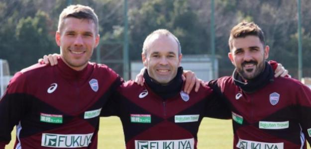 Podolski, Iniesta y Villa, en un entrenamiento del Vissel Kobe / Sports and Life.
