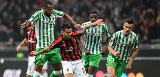 Betis durante un partido contra el AC Milan (Youtube)