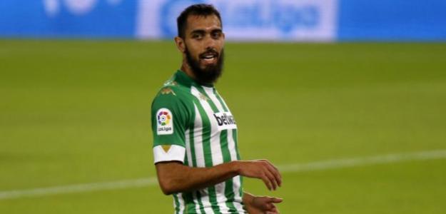 Borja Iglesias y un futuro más que incierto en el Betis
