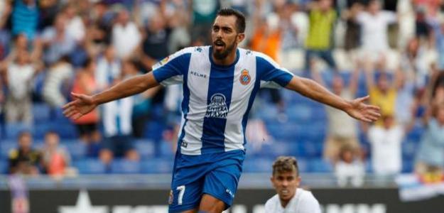 Borja Iglesias debe apostar por su fichaje con el Valencia / Twitter