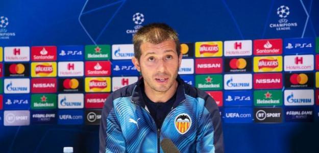 El Valencia pide una cesión al Madrid para reforzar su medular