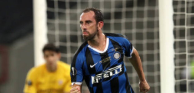 """""""Diego Godín, a punto de fichar por el Cagliari. Foto: Getty Images"""""""