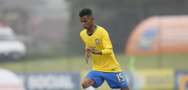 Riquelme de Carvalho, con la selección de Brasil.