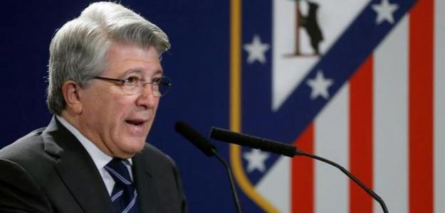 Enrique Cerezo en rueda de prensa. Foto: ElDesmarque