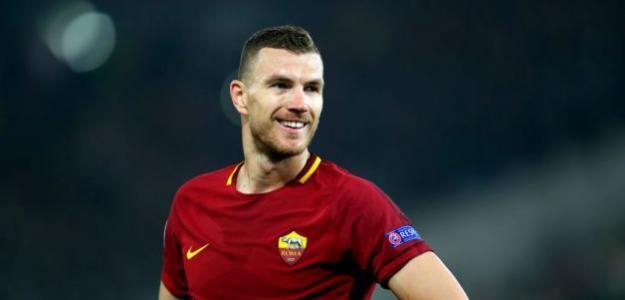 Edin Dzeko, en un partido de la Roma / Getty.