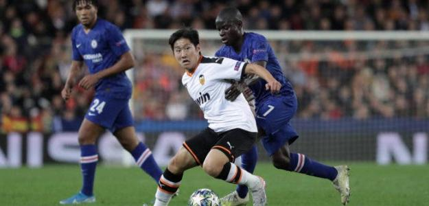 Gabriel y Kangin Lee dudan de su renovación por el Valencia / vivafutbol.es