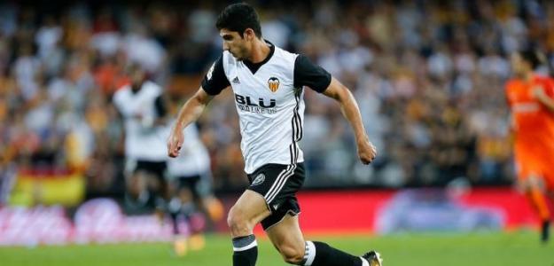 Guedes disputando un partido / Valencia