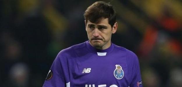Iker Casillas, con la camiseta del Oporto. Foto: Youtube.com