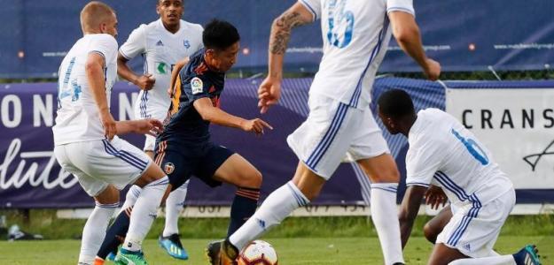 Kang-In Lee, jugando con el filial (Valencia CF)