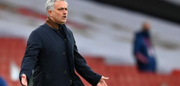 Mourinho, destituido en el Tottenham