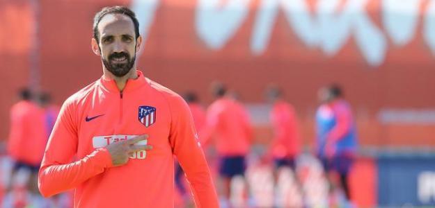 Juanfran, con el Atlético / Twitter