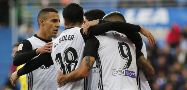 Jugadores del Valencia celebrando un gol. Foto: Valenciacf.com