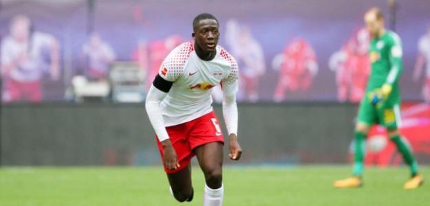 El primer fichaje del Liverpool de la 21/22 será Konaté. Foto: weallfollowunited.com