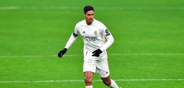 Las tres ofertas que tiene Raphael Varane para salir del Madrid