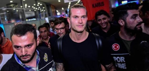 Loris Karius a su llegada a Turquía. Foto: ADNRadio.cl