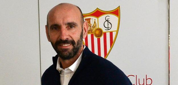 Monchi negocia la salida de Amadou del Sevilla / Sevillafc.es