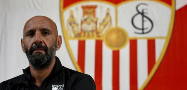 Fichajes Sevilla: Monchi se fija en la Liga para reforzar el lateral izquierdo