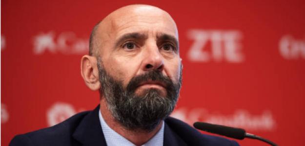 """""""Monchi deberá aclarar el futuro de diez futbolistas. Foto: Getty Images"""""""