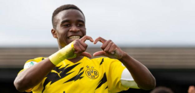 """""""Los impresionantes números de Moukoko con el Borussia Dortmund sub-19. Foto: Getty Images"""""""