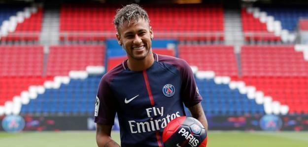 Neymar / PSG.