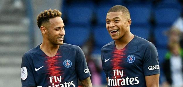 Neymar junto a Mbappé / PSG