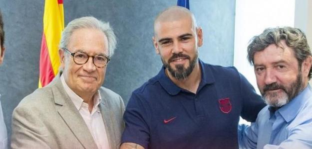 OFICIAL Víctor Valdés regresa al Barcelona / Twitter