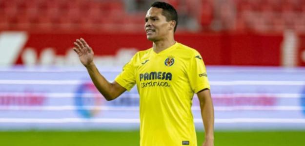 OFICIAL: Carlos Bacca, nuevo delantero del Granada CF