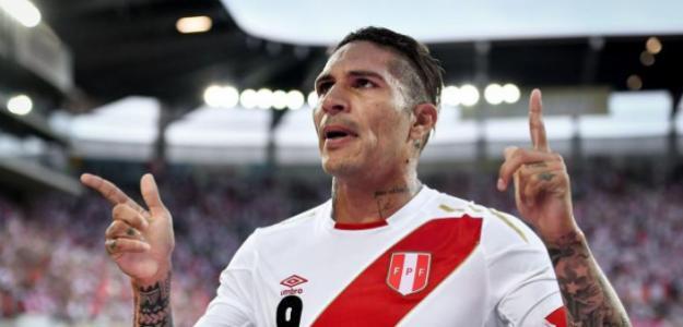 Paolo  Guerrero es delantero soñado por la fanaticada. FOTO: PERÚ