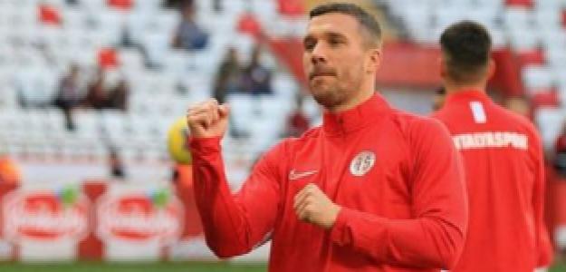 """¿Lukas Podolski a Boca Juniors? """"Foto: AS"""""""