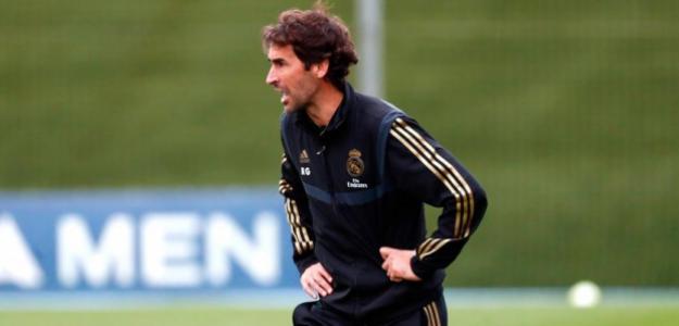 Florentino ya habría hablado con Raúl para suplir a Zidane