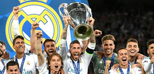La plantilla del Real Madrid levanta la Champions / Real Madrid