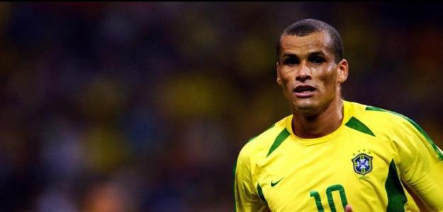 Rivaldo con la camiseta de la selección brasileña. Foto: Youtube.com
