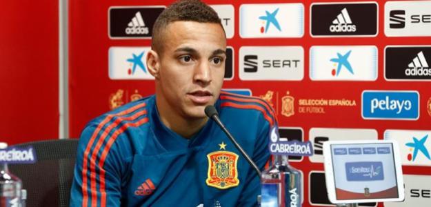 Rodrigo, en una rueda de prensa con 'La Roja' (RFEF)