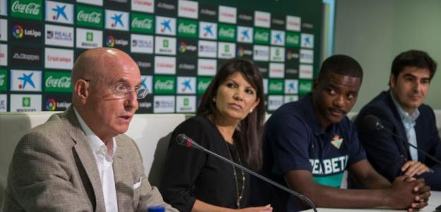 William Carvalho, el día de su presentación (Real Betis)