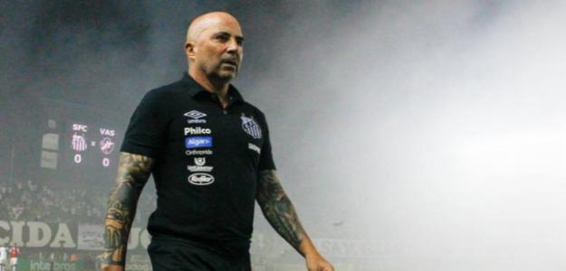 Sampaoli en un partido con el Santos. / conclusion.com.ar
