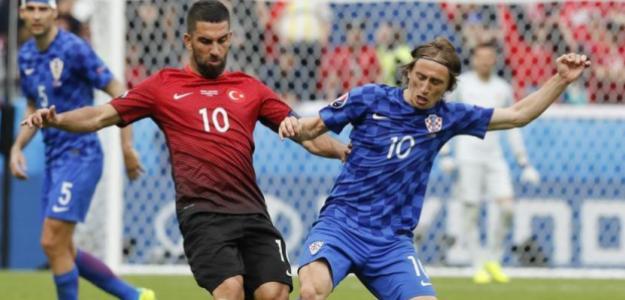 Arda y Modric (Mundo Deportivo)