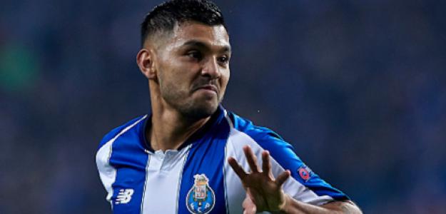 """El Sevilla FC avanza por el fichaje de Jesús Corona """"Foto: Nación Deportes"""""""