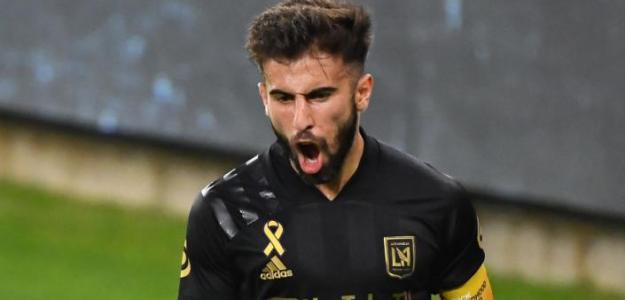 Tottenham y Everton comienzan puja por Diego Rossi