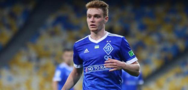 Monchi quiere al joven Viktor Tsyhankov en el Sevilla FC (Twitter oficial)