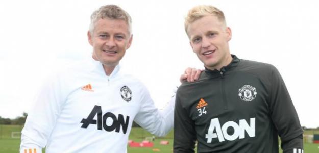 Van de Beek explota y pide salir del Manchester United