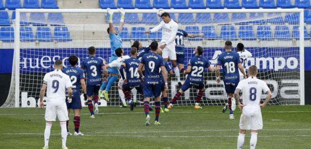 El Real Madrid pone a Varane en el mercado. Foto: Marca