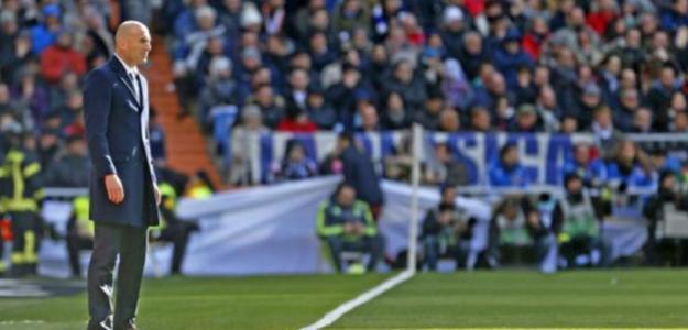 Zidane, el objetivo de las críticas.