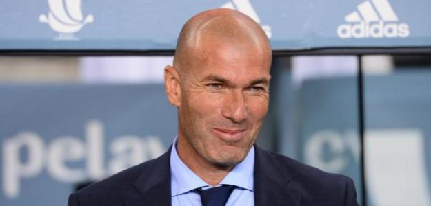 Zidane, en el banquillo del Real Madrid / twitter